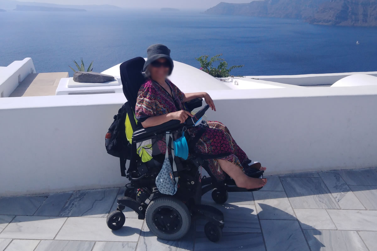 Accessible Santorini Private Tour