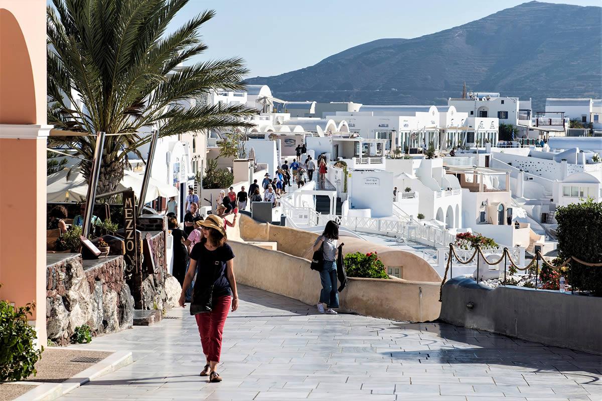 Santorini Dream Tours - Private Tours in Oia