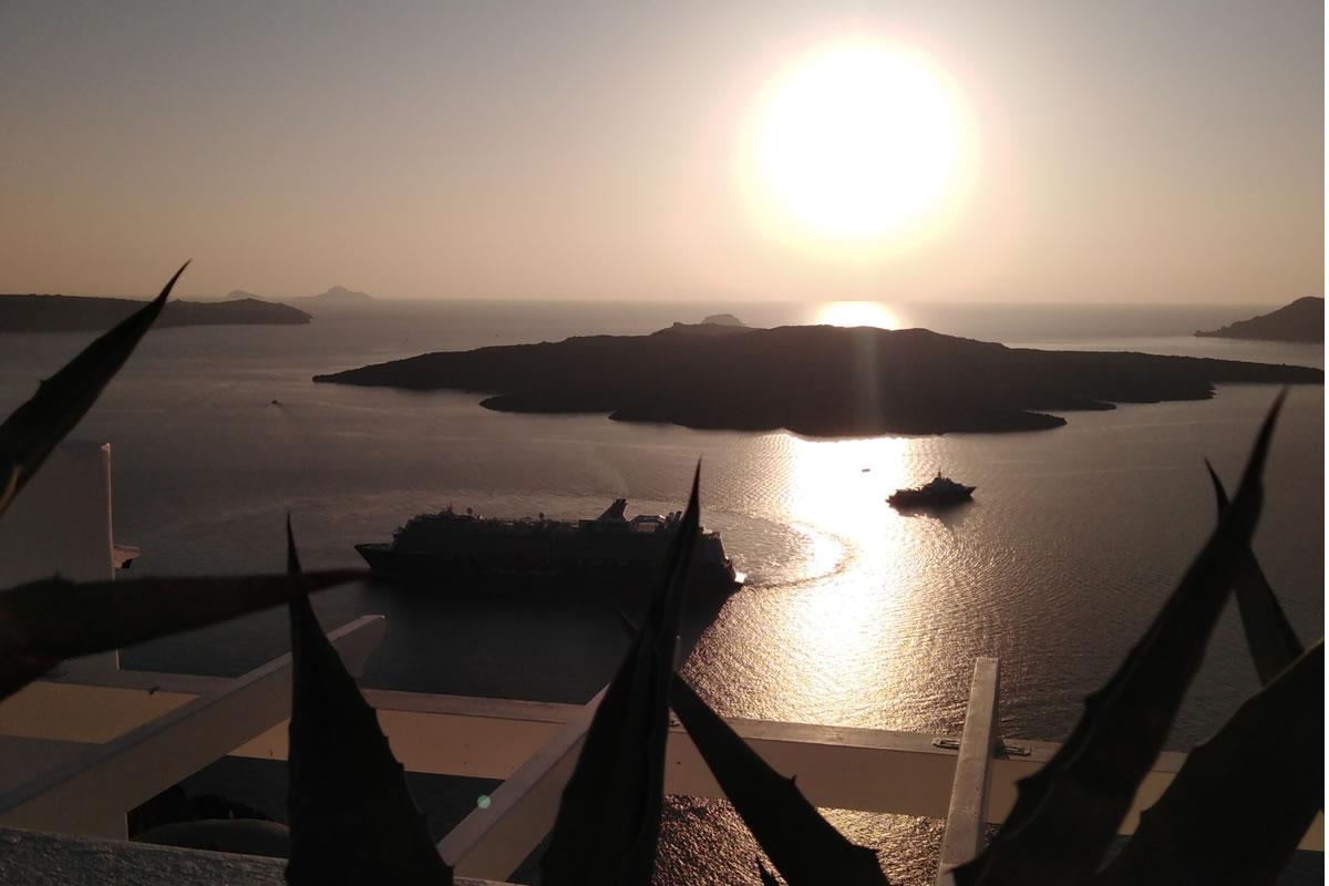 Santorini Oia Sunset Tour